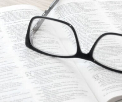 portree-parish-church-bible-glasses